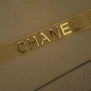 Trendy Choker necklace